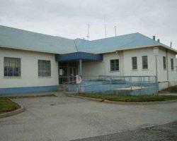 Una pareja presentó una querella por la muerte de su bebé en gestación: acusan que en el Hospital de Porvenir hicieron esperar 12 horas a la mujer para trasladarla a Punta Arenas pese a presentar un embarazo de alto riesgo