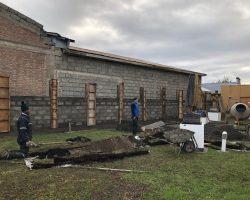 A través de un proyecto Fril el municipio de Porvenir ejecuta reposición de muro donde existía exposiciones fotográficas