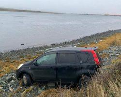Vehículo despistó presuntamente en horas de la madrugada camino a bahía chilota